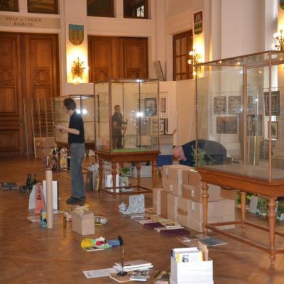 Préparation de l'expo à la salle de l'Europe à St-Gilles