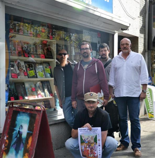Arrivée avec les auteurs à la librairie Paradise BD